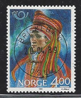 http://www.norstamps.com/content/images/stamps/113000/113810.jpg