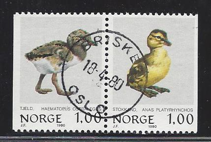 http://www.norstamps.com/content/images/stamps/113000/113827.jpg