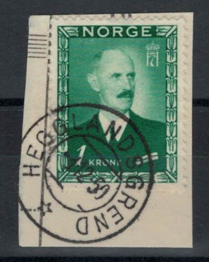 http://www.norstamps.com/content/images/stamps/115000/115918.jpg