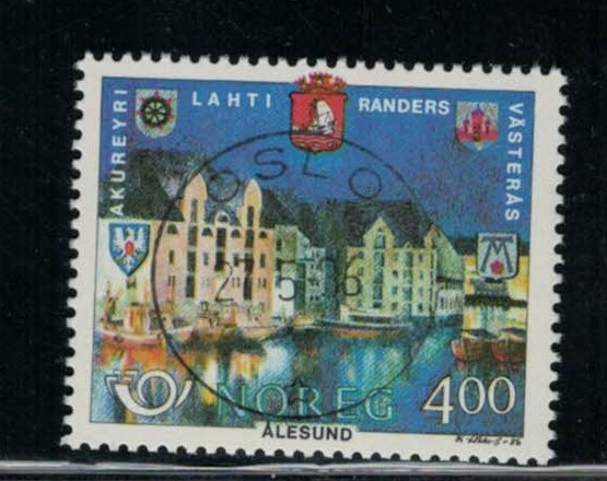 http://www.norstamps.com/content/images/stamps/119000/119407.jpg