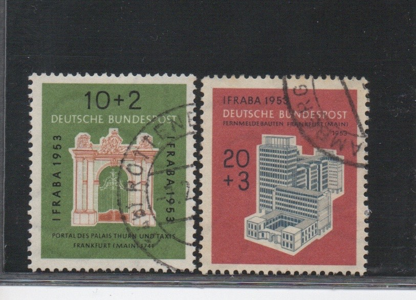 http://www.norstamps.com/content/images/stamps/123000/123423.jpg