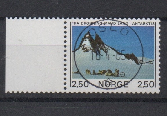 http://www.norstamps.com/content/images/stamps/127000/127537.jpg