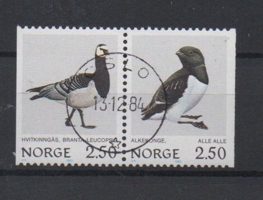 http://www.norstamps.com/content/images/stamps/127000/127550.jpg