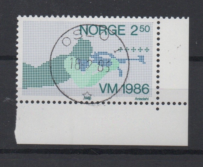 http://www.norstamps.com/content/images/stamps/127000/127563.jpg
