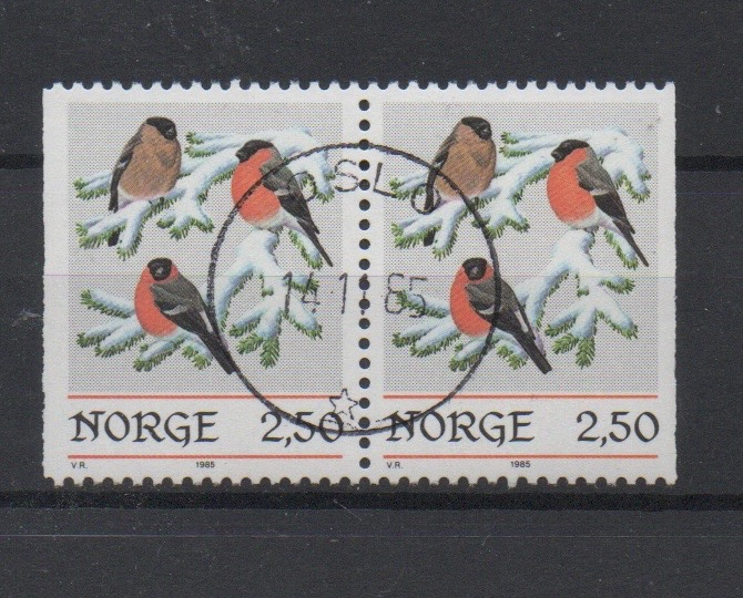 http://www.norstamps.com/content/images/stamps/127000/127569.jpg