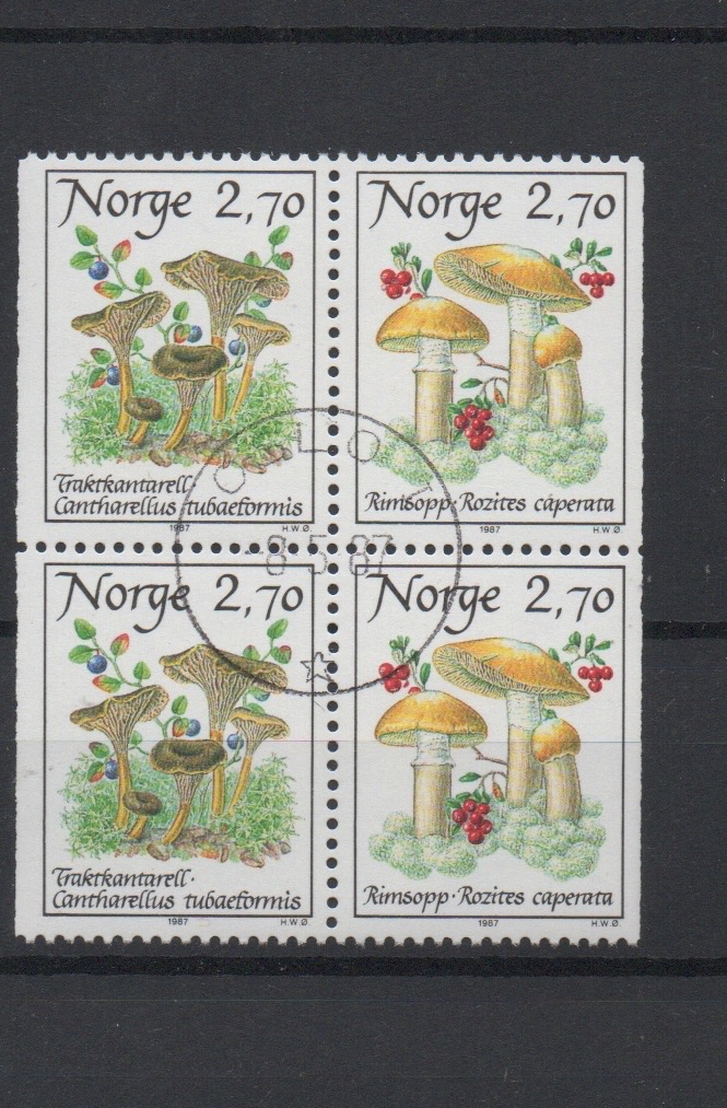 http://www.norstamps.com/content/images/stamps/127000/127613.jpg