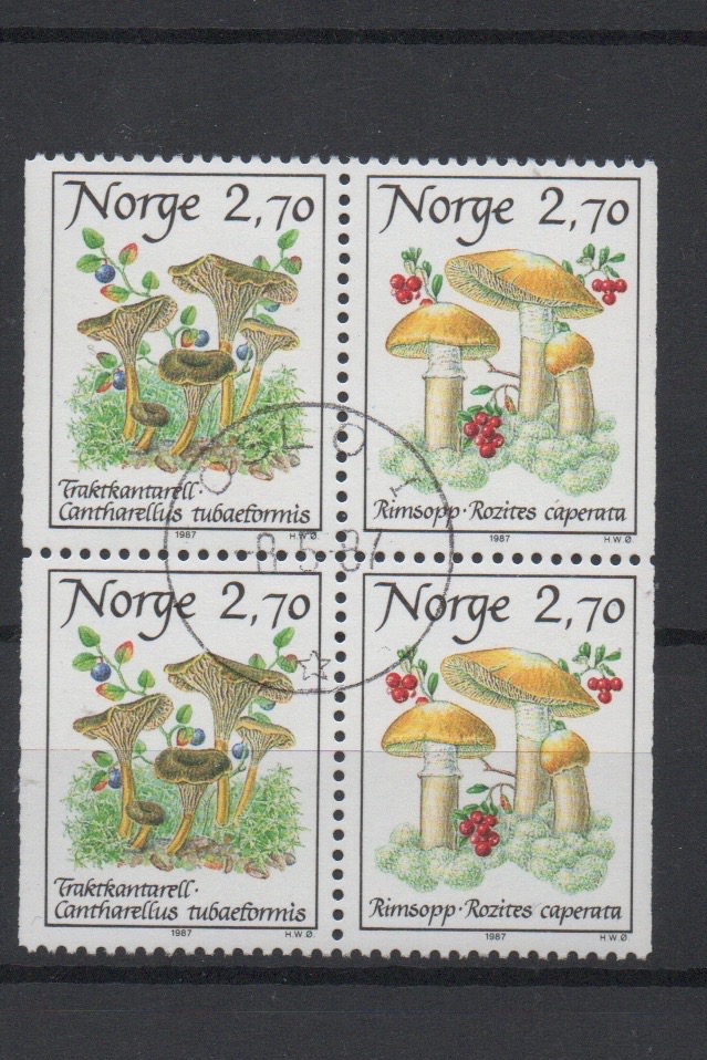 http://www.norstamps.com/content/images/stamps/127000/127614.jpg