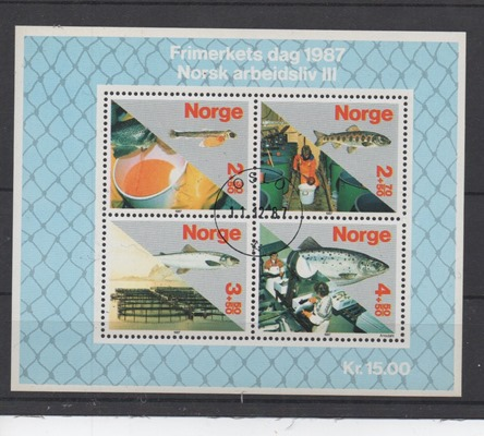 http://www.norstamps.com/content/images/stamps/128000/128193.jpg