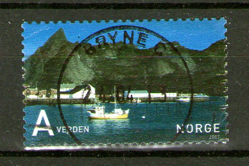 http://www.norstamps.com/content/images/stamps/137000/137827.jpg