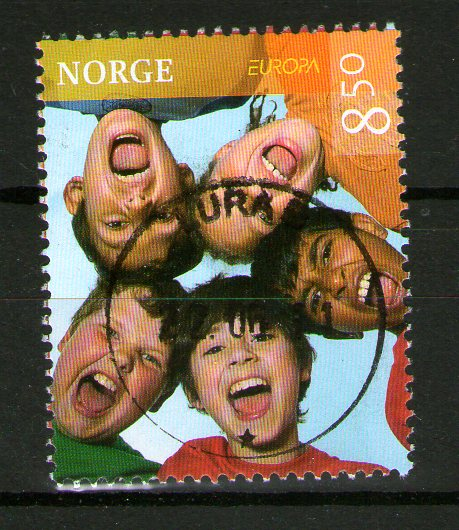 http://www.norstamps.com/content/images/stamps/137000/137837.jpg