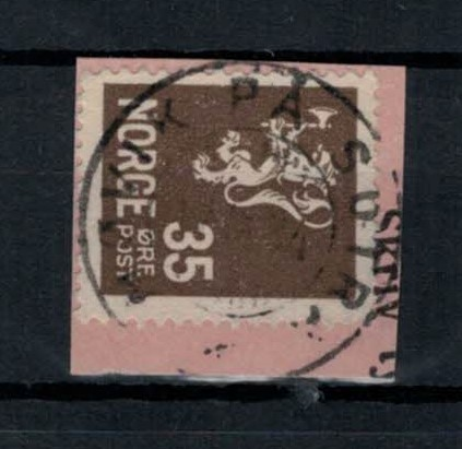 http://www.norstamps.com/content/images/stamps/139000/139558.jpg
