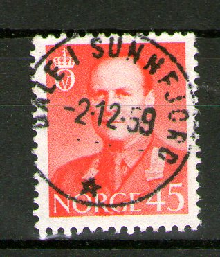 http://www.norstamps.com/content/images/stamps/145000/145890.jpg