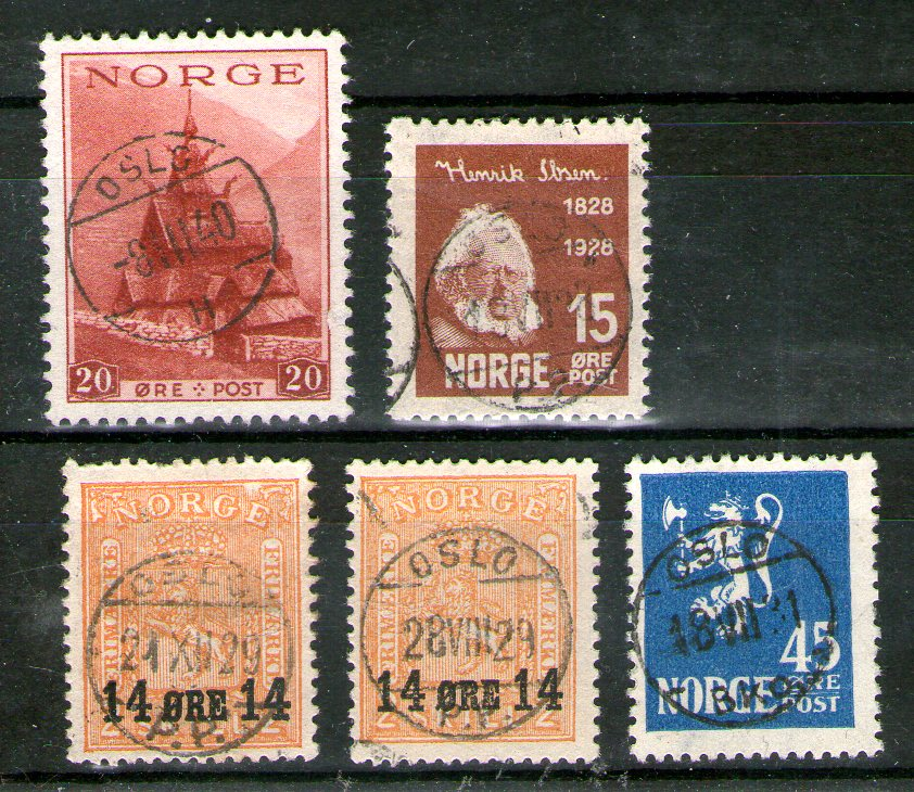 http://www.norstamps.com/content/images/stamps/146000/146370.jpg
