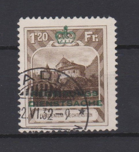 http://www.norstamps.com/content/images/stamps/147000/147509.jpg