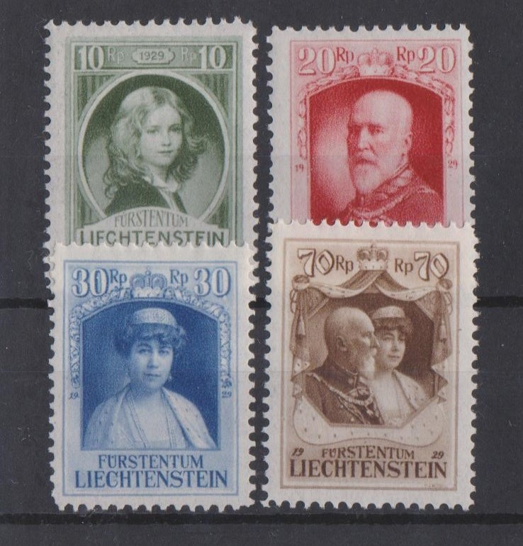 http://www.norstamps.com/content/images/stamps/147000/147550.jpg