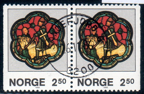 http://www.norstamps.com/content/images/stamps/154000/154772.jpg
