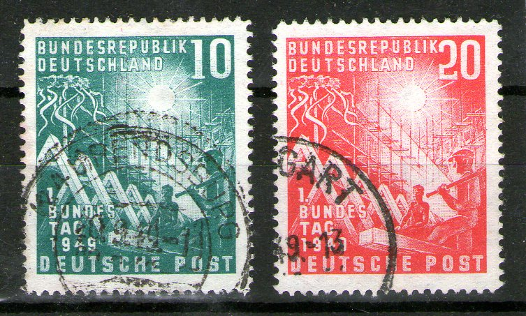 http://www.norstamps.com/content/images/stamps/157000/157174.jpg