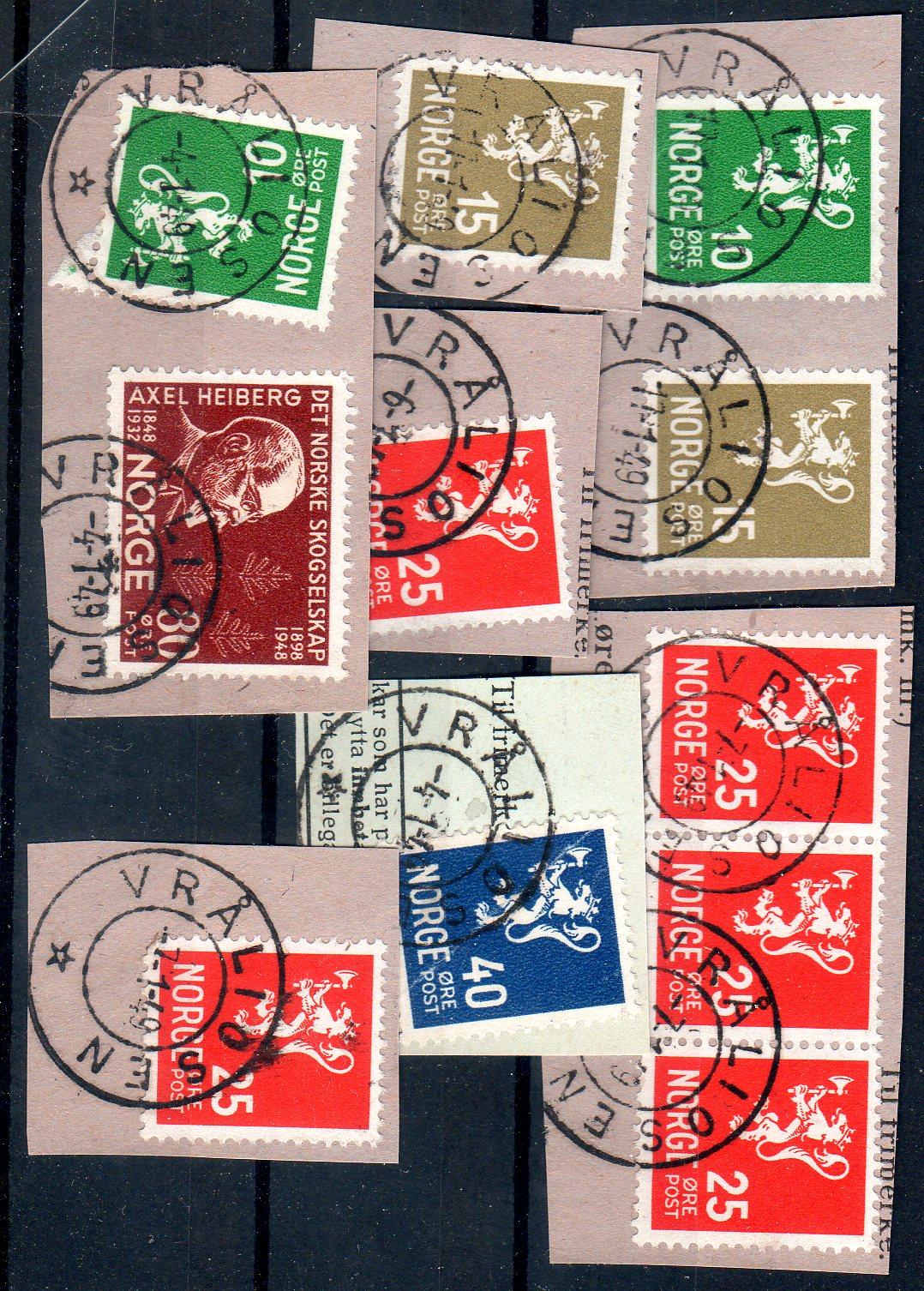 http://www.norstamps.com/content/images/stamps/159000/159779.jpg