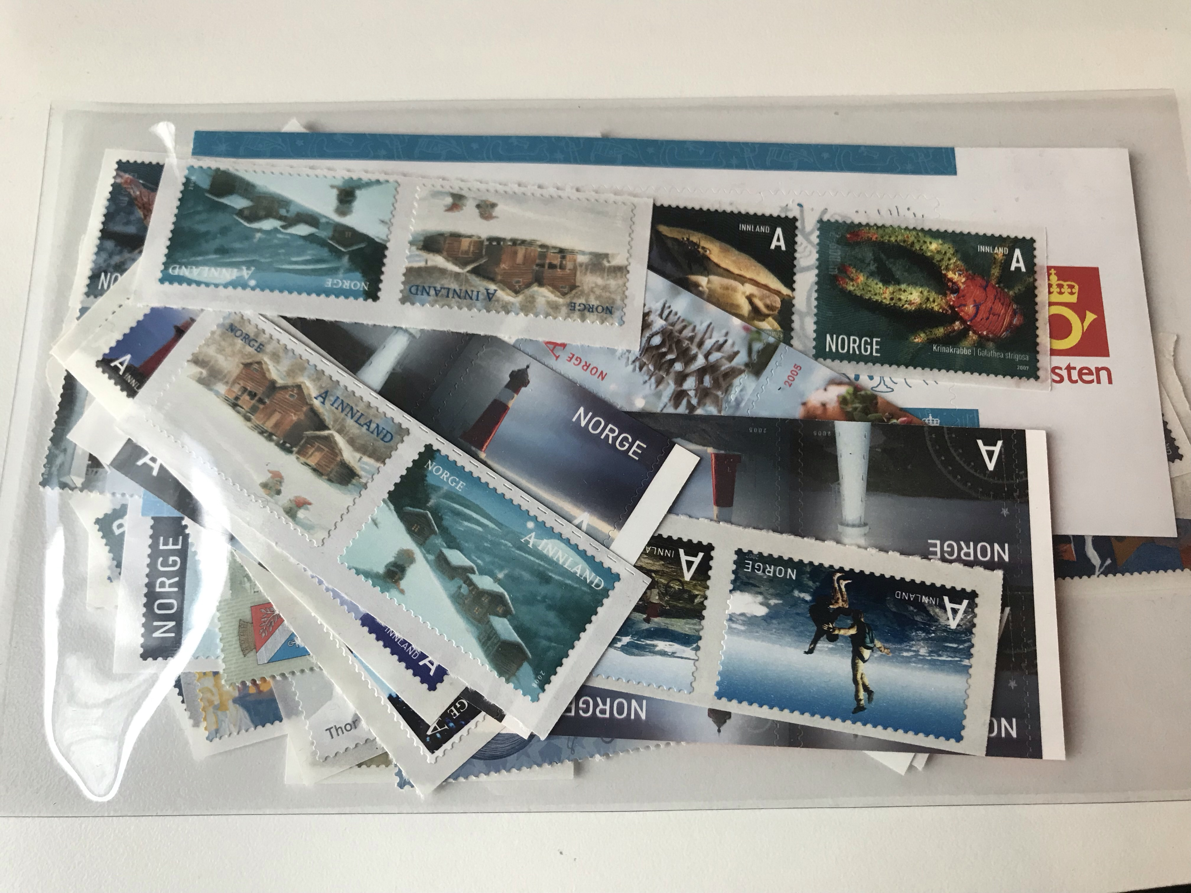 http://www.norstamps.com/content/images/stamps/163000/163067.jpg