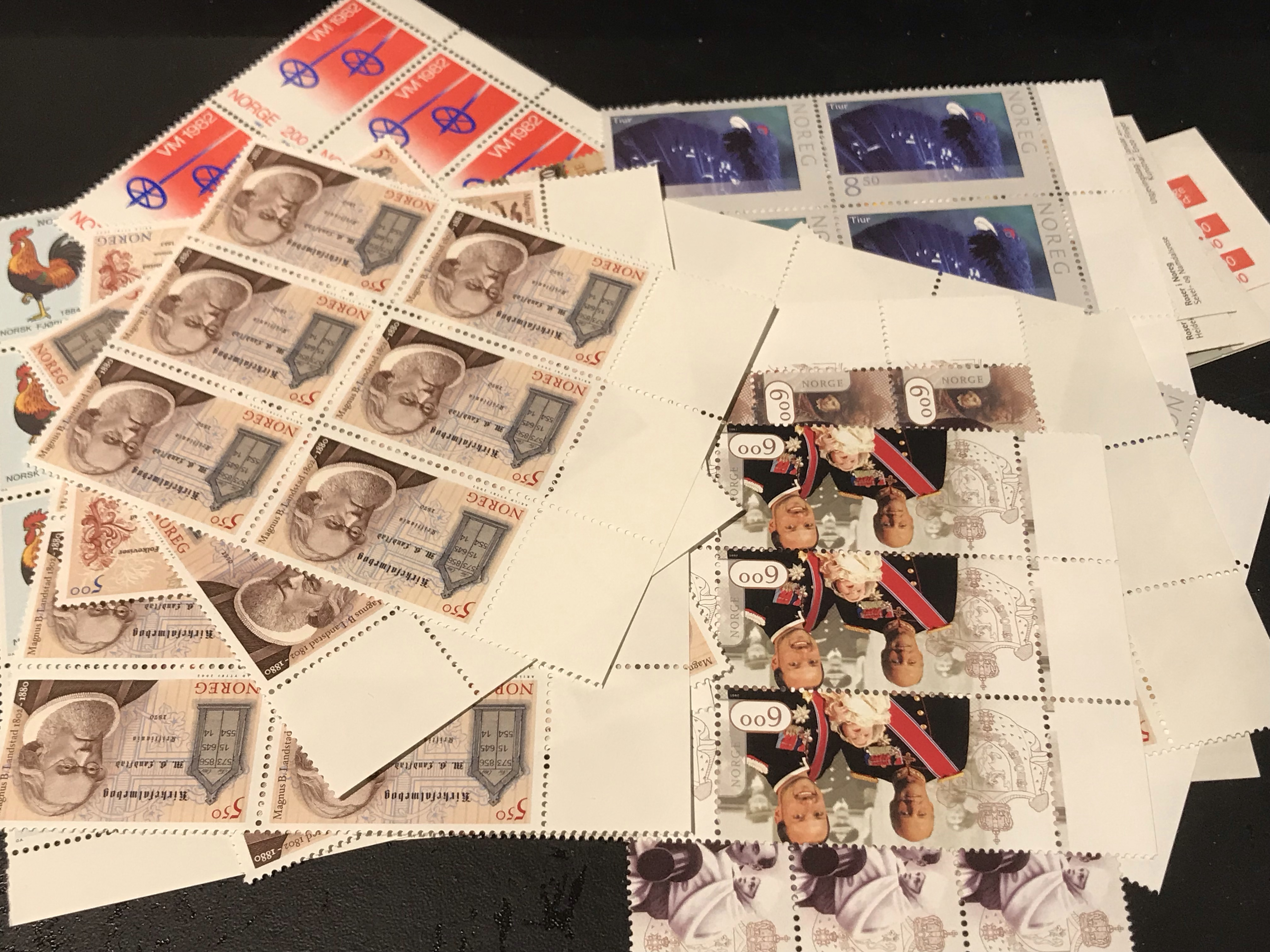 https://www.norstamps.com/content/images/stamps/163000/163180.jpg