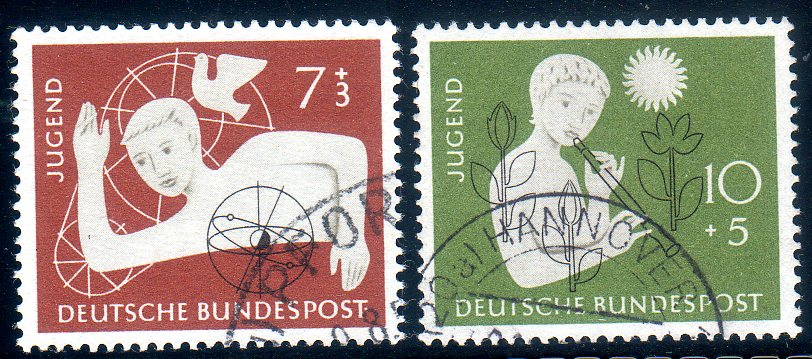 https://www.norstamps.com/content/images/stamps/176000/176241.jpg