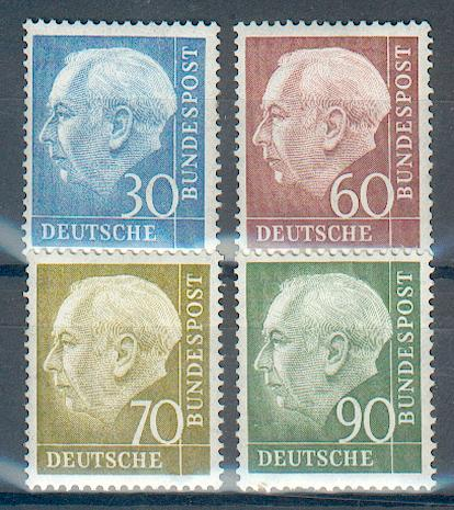 http://www.norstamps.com/content/images/stamps/18000/18458.jpg