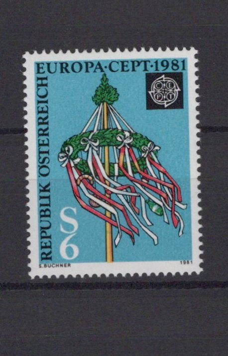 https://www.norstamps.com/content/images/stamps/193000/193762.jpg