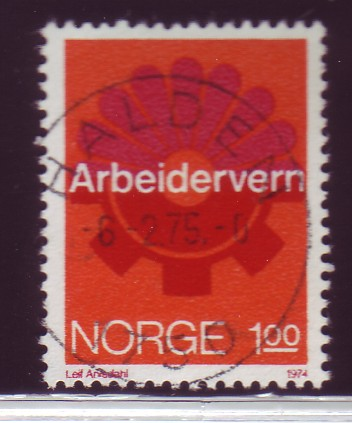 http://www.norstamps.com/content/images/stamps/52000/52496.jpg