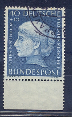 http://www.norstamps.com/content/images/stamps/85000/85157.jpg