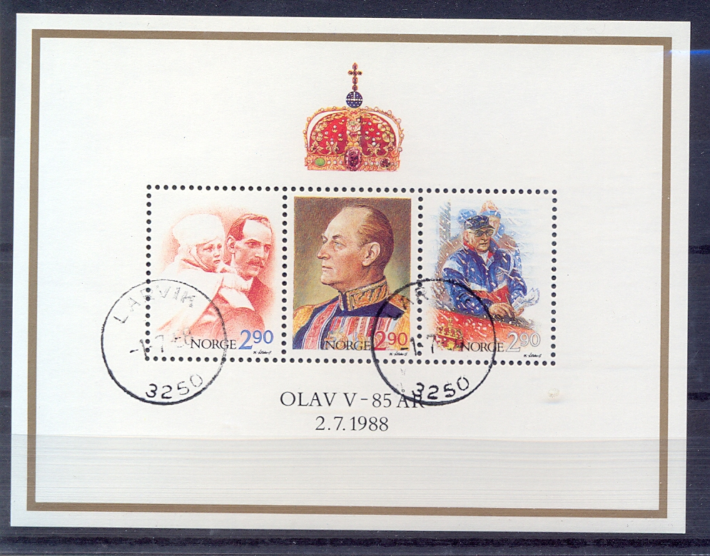 http://www.norstamps.com/content/images/stamps/98000/98449.jpg